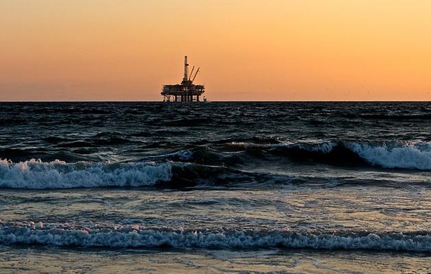 Oil rig near Aberdeen