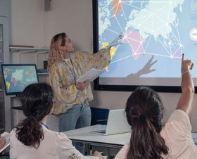 Children learning data science at school